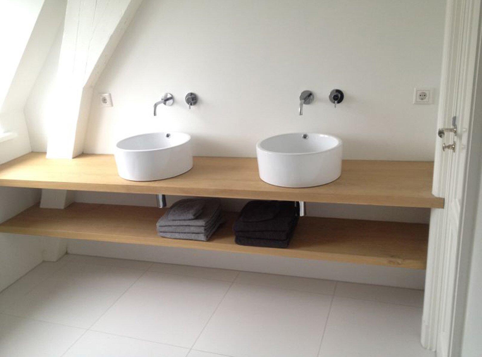 Badkamermeubel Met Badkamer : Eiken badkamermeubel badkamer ontwerp bij nieuwbouw en renovatie